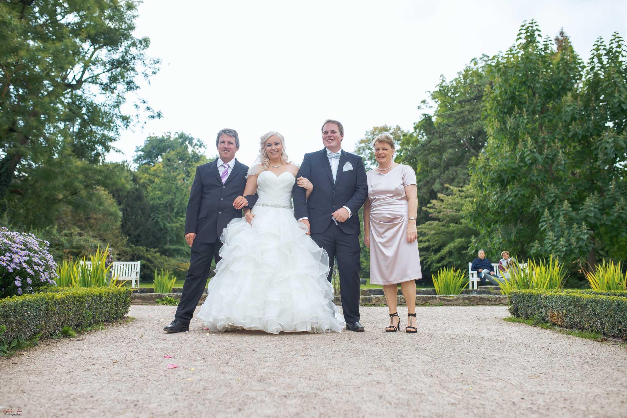 Hochzeitsfotograf Ulm in Donzdorf_Schloss1–19