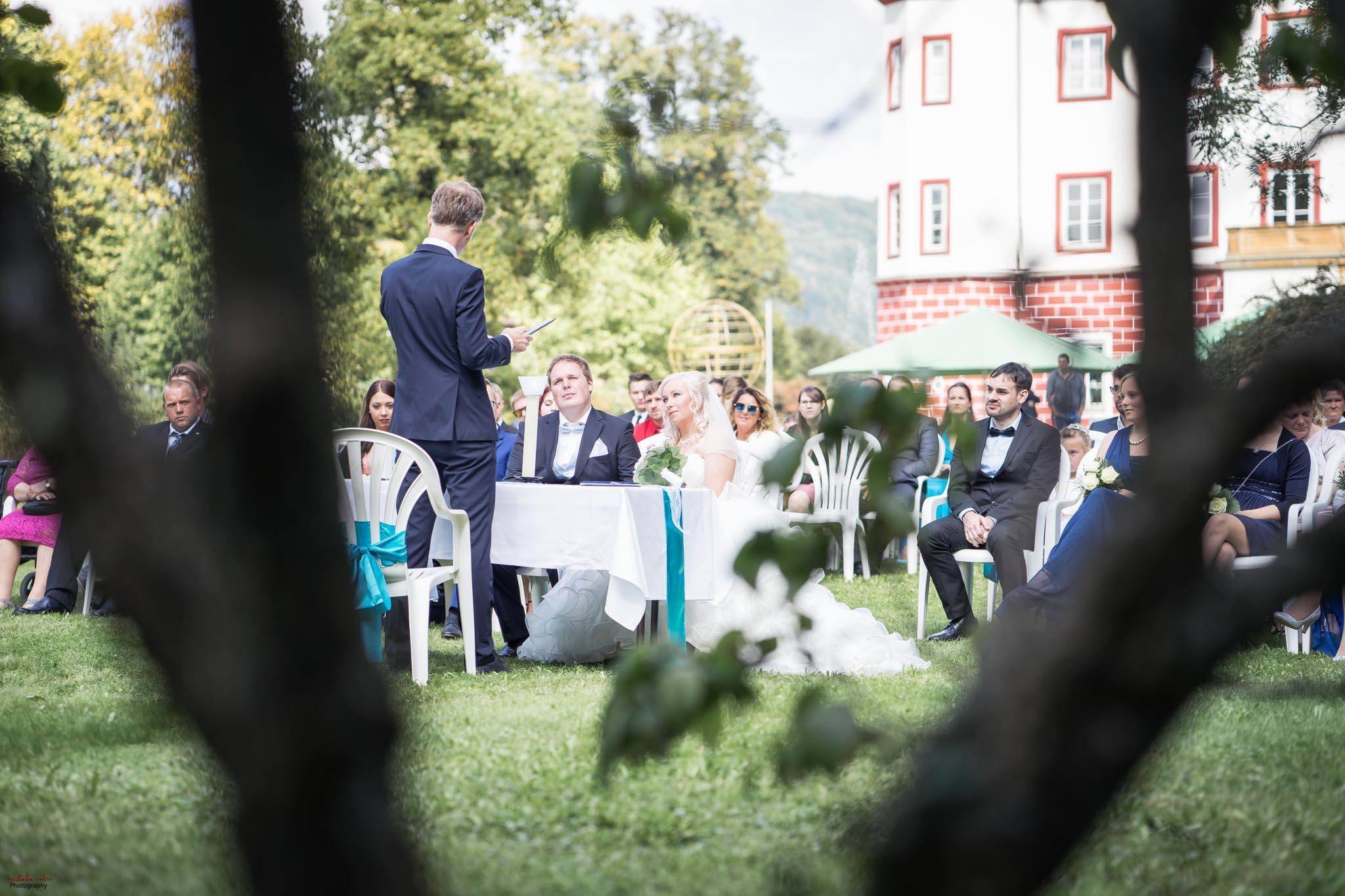 Hochzeitsfotograf Ulm in Donzdorf_Schloss1–8